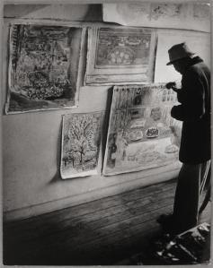 Brassai bonnard-peignant-ses-quatre-toiles-dont-l-amandier-1946